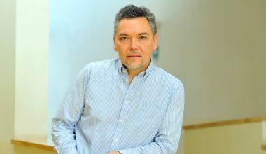 Jaime Lavín: «En vez de desgastarse en tratar de predecir, los inversionistas deben enfocarse en la gestión de riesgos, y prepararse para su materialización»